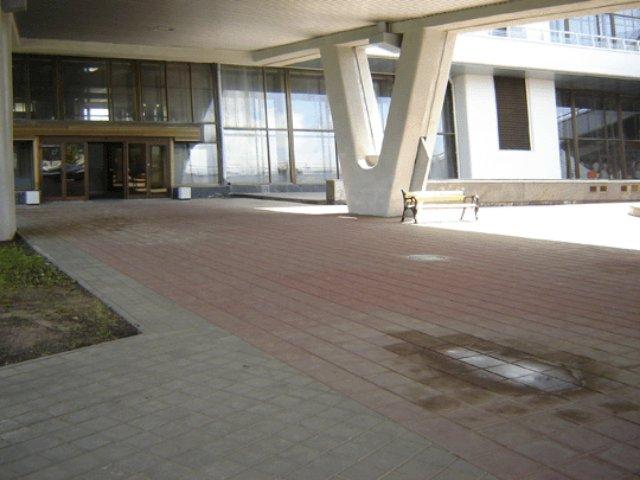 Защита тротуарной плитки от наледи и не только