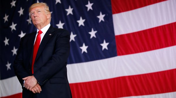 «Американская мечта»: Трамп объявил о рекордном повышении зарплат в США