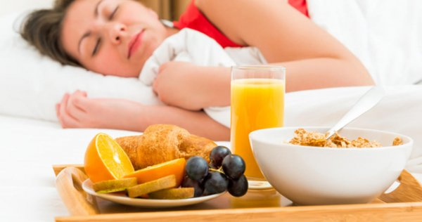Ученые составили список лучших продуктов для хорошего сна