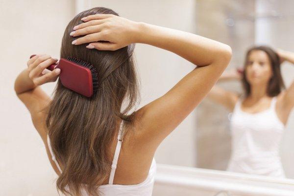 Знаменитый стилист раскрыл секрет, как спасти волосы от выпадения