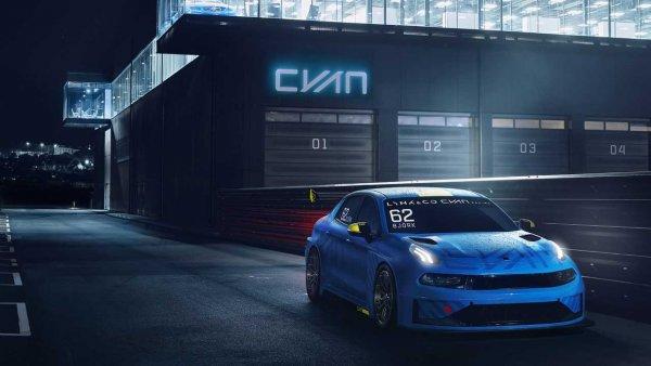 Cyan Racing представил 500-сильный гоночный седан Lynk & Co 03