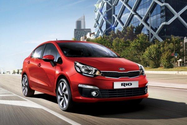 Пересел с VW Polo на KIA Rio: Блогер сравнил «немца» и «корейца»