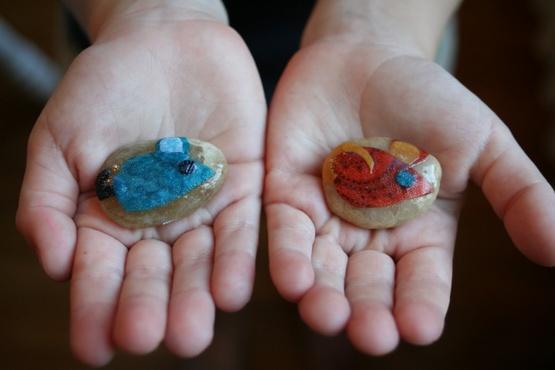 Тюменцев с инвалидностью научат работать с камнем