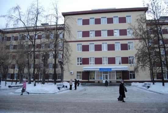 Тюменские медики рассказали о состоянии пострадавшего в ночном пожаре