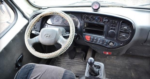 Водителя обнаружили мертвым под колесом своего же автобуса