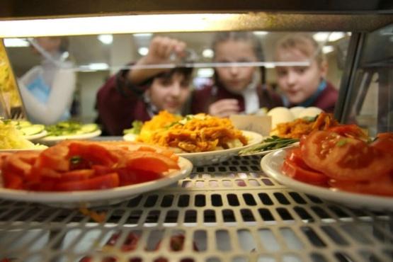 Тюменские депутаты обсудили вопросы организации питания в городских школах