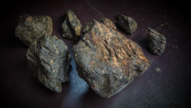 Лунный метеорит продали за 40 миллионов рублей