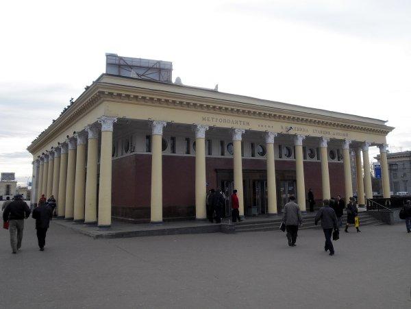 В московской станции метро обнаружен старинный мраморный пол