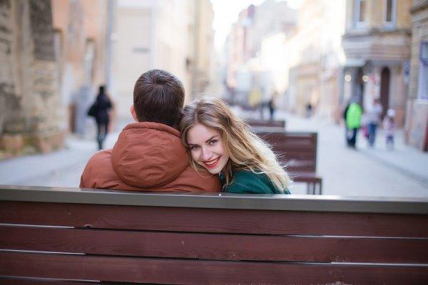 Ученые рассказали, как правильно выбирать партнера на сайтах знакомств