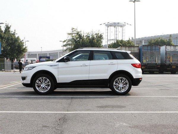 В сети раскрыли подробности нового Landwind E315 с внешностью Hyundai Santa Fe