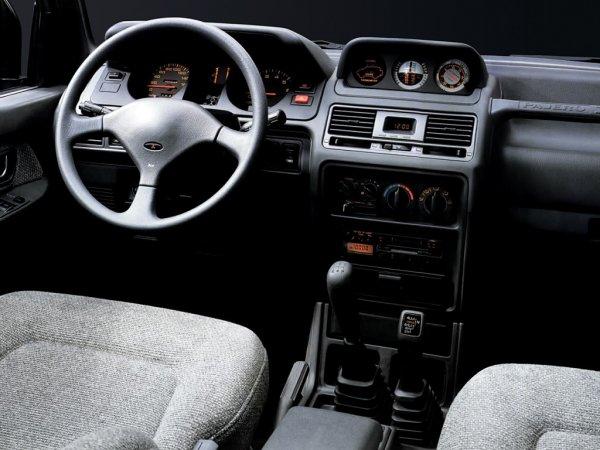 «Хочется брать и ездить!»: Автоблогер рассказал о состоянии Mitsubishi Pajero 1994 года выпуска