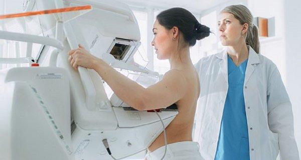 Женщины с плотной грудью должны начать обследование с 30-летнего возраста - Ученые