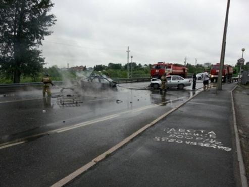 Тюменку осудят за массовое ДТП, в котором сильно пострадал человек и сгорела машина