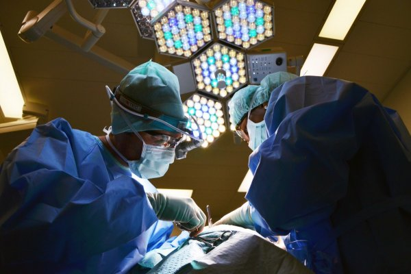 Краснодарские врачи провели уникальную операцию на печени