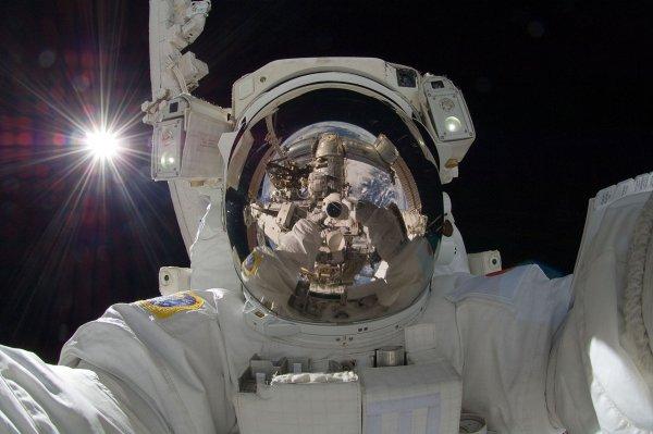 Ученые: Полеты в космос негативно сказываются на мозге