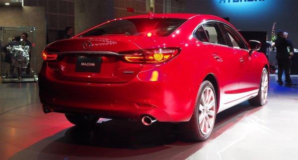Новая или рестайлинговая: О разочаровании в Mazda 6 рассказал эксперт