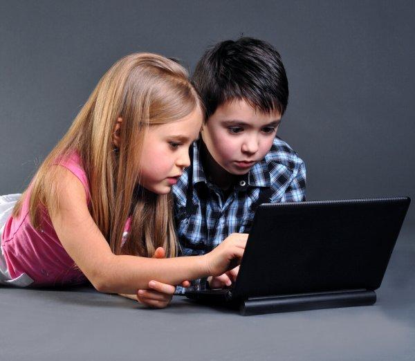 Ученые: Социальные сети превращают поколение детей в лжецов
