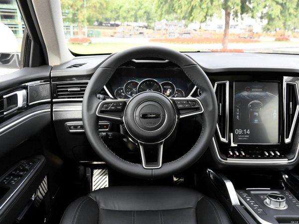 «Дайте мне такой Китай – я куплю!»: Эксперта покорил «клон» Range Rover Sport – Zotye T700