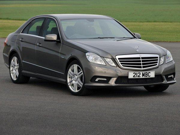 «Грамотно скручивают пробег»: О покупке подержанного Mercedes в Германии рассказал эксперт