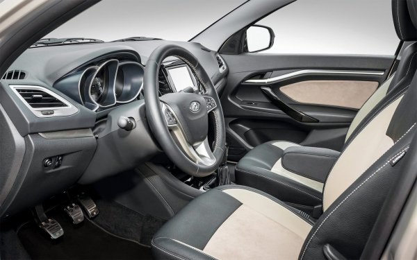 «Прорыв «АвтоВАЗа»: О плюсах LADA Vesta рассказал владелец