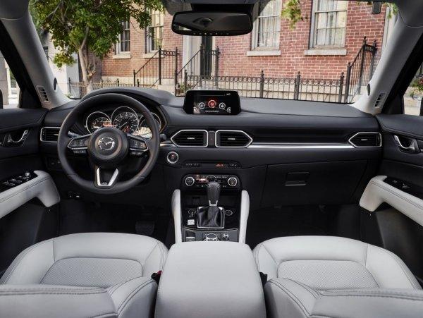 «Новый во всём»: О «свежем» Mazda CX-5 2018 восторженно рассказал блогер