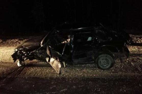 В массовом ДТП на тюменской трассе пострадали водители двух легковушек