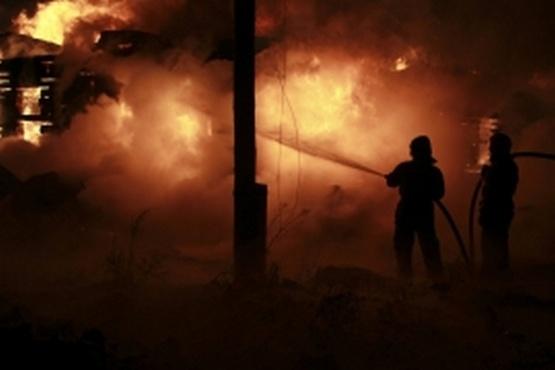В пожаре в тюменской деревне серьезно пострадал мужчина