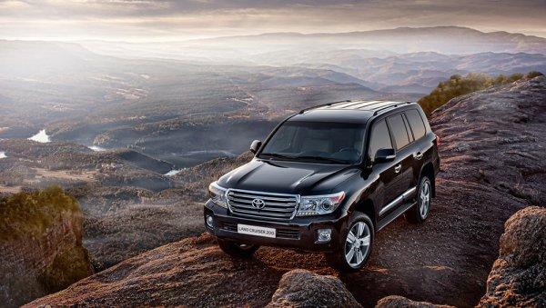 Должен знать каждый: ТОП-3 интересных фактов о Toyota Land Cruiser назвали эксперты