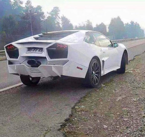 Если бы Lamborghini делали в России: «Жигулини Ведротадор» довёл до истерики сеть
