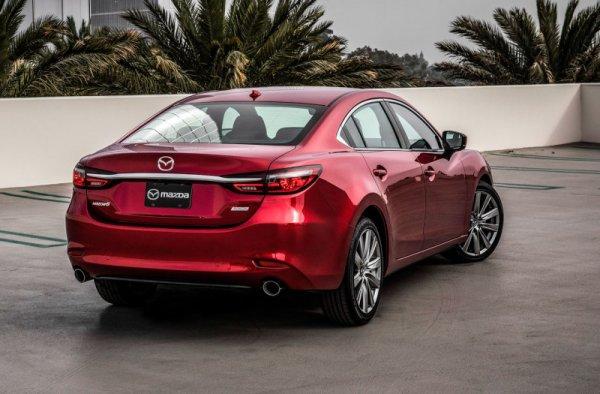 Camry и «немцы» в опасности: Об «эталоне изящности» Mazda 6 восторженно рассказал обзорщик