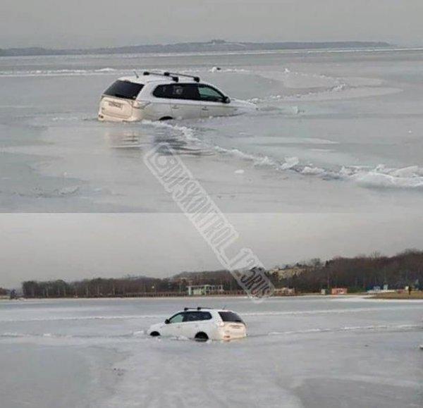 «3 раза с крышей окунуться»: Владивостокские автомобилисты продолжают справлять Крещение