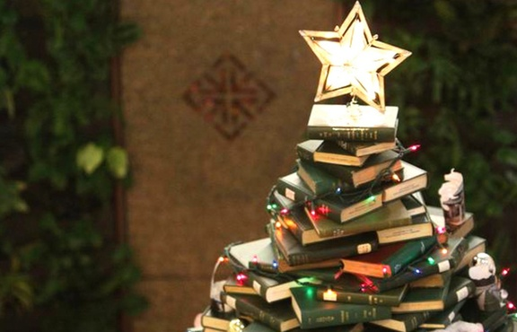 Тюменцев приглашают отметить новогодние каникулы в библиотеке