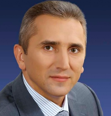 Сегодня свой день рождения празднует губернатор Тюменской области Александр Моор