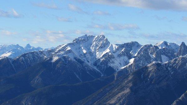 Китайские ученые обнаружили огромные горы в глубине Земли