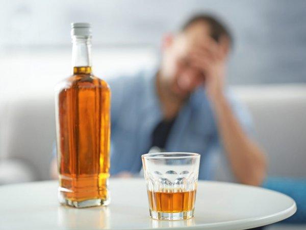 Вред алкоголя зависит от возраста пьющего