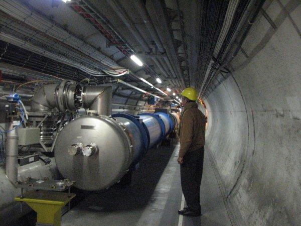 Страшнее Нибиру: Большой Адронный Коллайдер откроет портал в ад