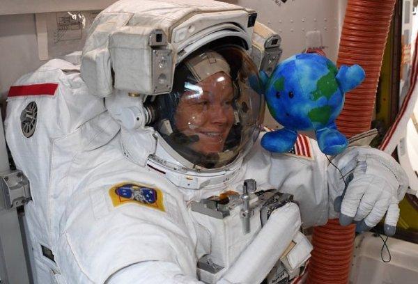 Почему на МКС верят в приметы? Космонавты раскрыли свои секреты
