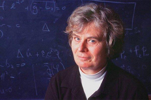 Впервые обладательницей Абелевской премии по математике стала женщина