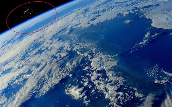 «Судный день – настал!»: Астронавты МКС засняли сотни кораблей с Нибиру на орбите Земли