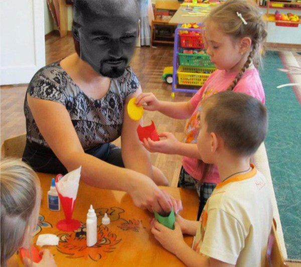 Краснодарская воспитательница заставила ребёнка целовать землю