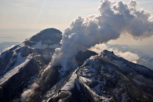Азия утонет в лаве - Из Тихого океана выловили предвестника приближения Нибиру