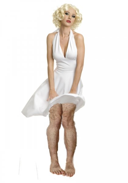 Жесть по купонам: Вросшие волосы после воска «убивают» женские ноги