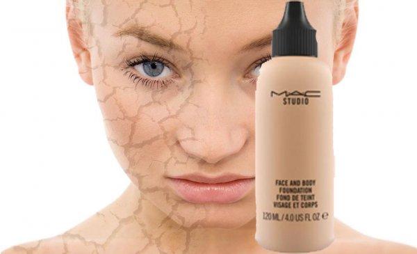Убейте свою кожу с MAC: «Увлажняющая» тональная основа бренда пересушит лицо «в мясо»