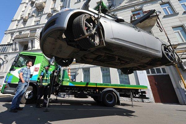 Бывший «гаишник» раскрыл секреты: что нужно знать, когда твою машину эвакуируют