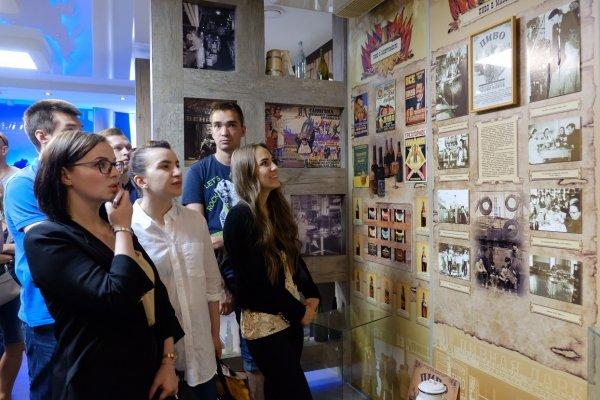 Пивоваренный завод «Балтика-Хабаровск» провел экскурсию в рамках акции «Открытые пивоварни»