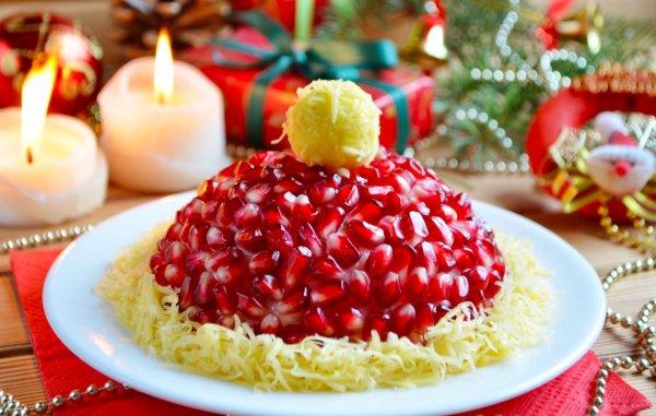 «Шапка Деда Мороза». Салат на Новогодний стол