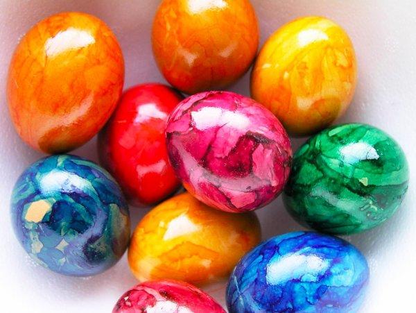 Драгоценная скорлупа. Секрет домашней краски для мраморных яиц раскрыла хозяйка
